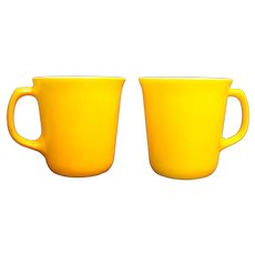 Corelle Corning Citrus Solid Yellow Milk Glass Mugs Pair