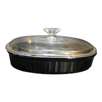 Corning Classic Black 1.5 Qt Covered Divided Oval Casserole Dish