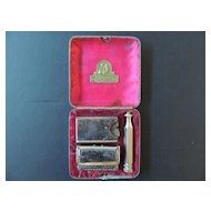 Vintage Shaving Kit by Ever Ready