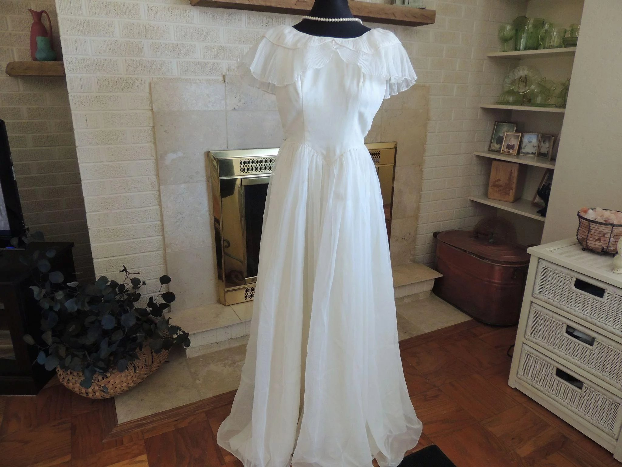 Vintage Kay Selig Tulle Wedding Dress : Hand To Heart