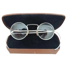 Vintage Eye Glasses With Round Lenses