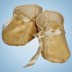 Great Vintage Pair of Oilcloth Baby Doll Shoes