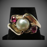 Lovely Vintage Pearl & Ruby 10k Gold Ring