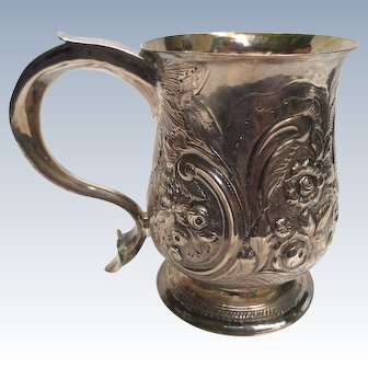 18th Century John Schuppe 1771 Sterling Silver Mug Floral Repousse Heart Cup