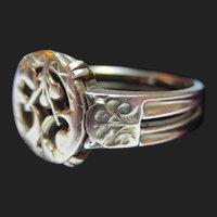 Antique French 18K Gold Antique Ring Art Nouveau Mistletoe