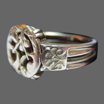 French 18K Gold Antique Ring Art Nouveau Mistletoe
