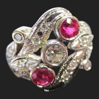 Beautiful Diamond & Ruby 14K Gold Antique Ring