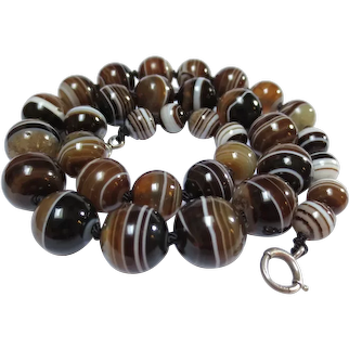 Victorian Scottish Banded Agate Bead Necklace Antique Strand