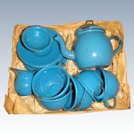 Enamel  1900 tea set in original pine box