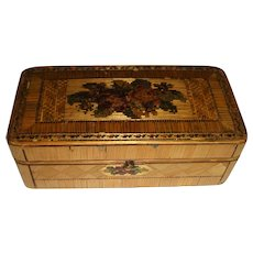 Straw work box with flowers decoration on for tlc