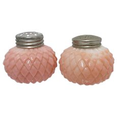 Salt and Pepper Shakers American Glass Overlapping Leaf Pattern in Pink