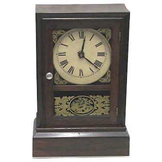 Antique American Mantel Clock Case By The Atkins Clock Co. Keeps Time