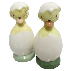 Salt and Pepper Set Chicks in Half Shell Shakers Easter Holiday Set