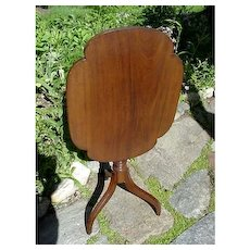 Antique American Candle Stand in Walnut a Tilt Top Table with Spider Legs