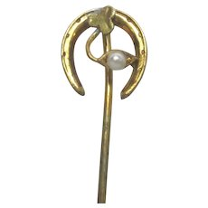 Stickpin Horseshoe with Pearl and Clover Stick Pin