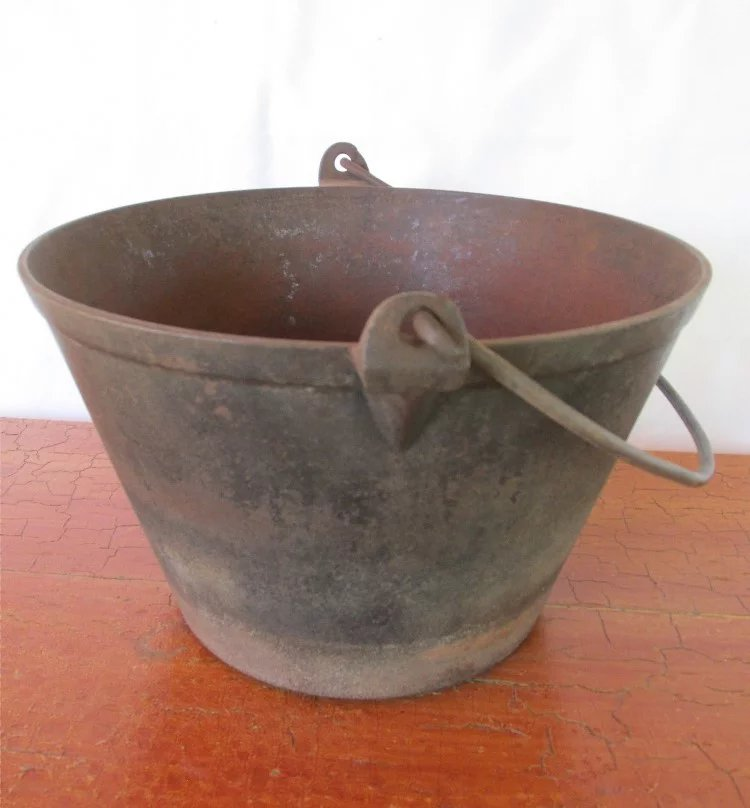 Cooking With A Kettle ~ Cast iron cooking kettle or pail drury house antiques