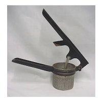 Potato Masher Kitchen Utensil Landers Frary and Clark