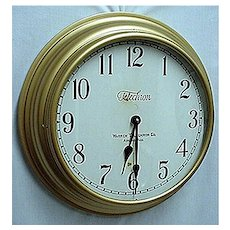 SOLD    See others for SALE   Round Gallery Wall Clock 18 Inch Diameter Runs And Keeps Time