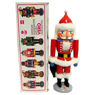 Santa Nutcracker  Made in Germany MINT Condition with Original Box
