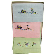 Large Linen Guest Towels in Original Christmas Gift Box