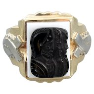 Mans vintage early Art Deco two tone 10k yellow and white gold triple head warrior sardonyx hardstone cameo ring