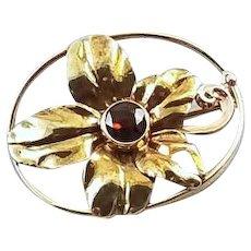 057451008 Very pretty antique Edwardian Art Nouveau 14k gold garnet flower brooch pin