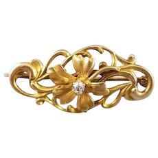 Antique Victorian 10k gold mine cut diamond flower brooch pin