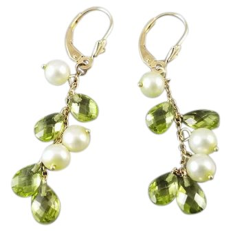 Modern estate 14k gold faceted pear shaped briolette green peridot and genuine cultured pearl fringe drop tassel pierced lever back earrings