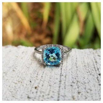 Modern estate 14K white gold London blue topaz and 24 diamond halo ring, statement ring, cocktail ring, size 7-1/4