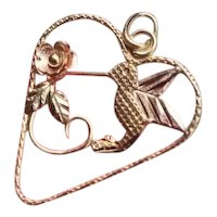 Modern estate 10k multicolor gold heart shaped wire work hummingbird and flower pendant charm for necklace no chain