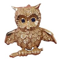 Vintage mid century estate 14k gold signed Soret owl with sapphire eyes brooch pin