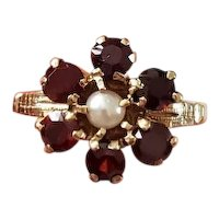 Antique Edwardian 10k gold garnet and pearl halo ring, size 6.5