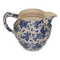 Beautiful Dutch Delfts Blue Porcelain Milk Jug Pitcher. Maestricht Beatrix Series.