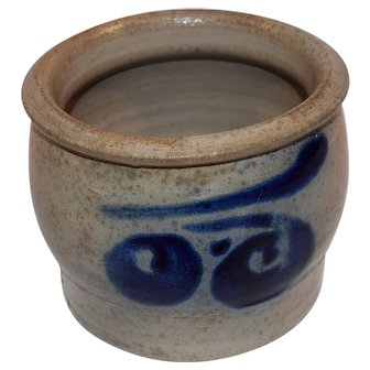 19TH German Westerwald Pottery Salt Glazed Crock.
