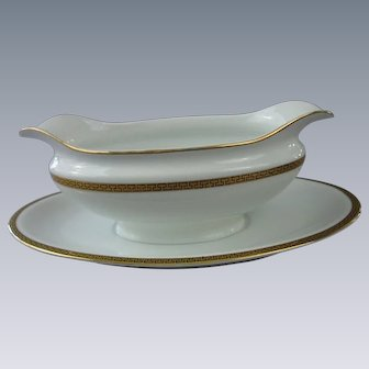 "Noritake, Morimura Bros. Gravy Boat, ""The Crete"" pattern, Circa 1911-1920, Japan"