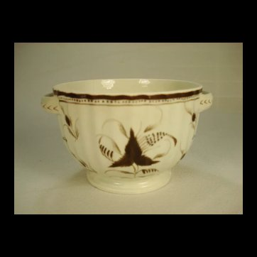 Early Antique Pearlware Sucrier Base with Pratt Enamel Decoration, 1810's