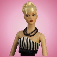 "Robert Tonner Fashion Doll - ""Black and White Ball Sydney"" - NRFB"