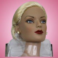 "Tonner -""Regina Wentworth' Doll - UFDC - Souvenir - 2005 National Convention"