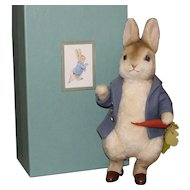 "R. John Wright ""Peter Rabbit"" - From The 'Beatrix Potter' Collection - MIB"