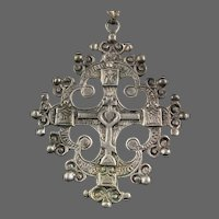 Renaissance Revival 800 Silver Pendant Cross with Heart