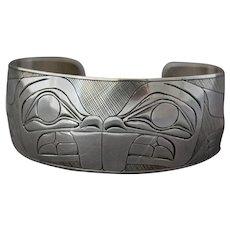 Native American Indian Silver Bracelet Signed Danny Dennis BEAVER