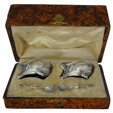 Art Nouveau Salt Cellars Spoons in Box Armand Frenais