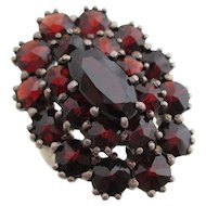 Ladies Victorian garnet ring.
