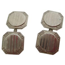 Gentlemans 14kt wg Art Deco etched cufflinks.