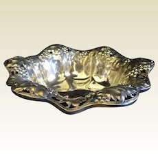 Shreve & Co. Sterling Repousse Bowl Grapevines 416.7 grams