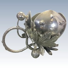 Antique Meriden Silver Plate Co. Nut Bowl Centerpiece Vase