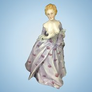 Vintage Richard Ginori Porcelain Figurine Lady Maiden Hands To Bosom Italy