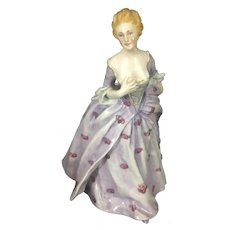 Vintage Richard Ginori Porcelain Figurine Lady Maiden Hands To Bosom Italy
