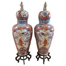 Massive Palace Japanese Imari Urns Jars Vases W Dome Lids Eagle Finial