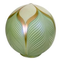 Quezal Signed Art Glass Lamp Globe Shade Pulled Feather Iridescent Calcite Arts & Crafts Era
